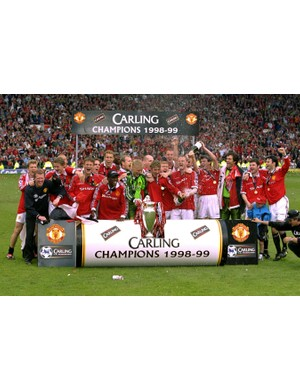1998/1999 Premier League winners - Manchester United (Photo by John Peters/Manchester United via Getty Images)