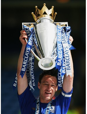 2005/2006 Premier League winners - Chelsea (Photo by Mike Hewitt/Getty Images)