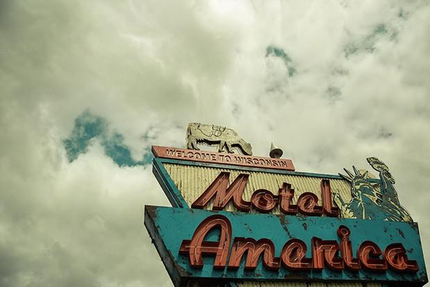 American Gods Season 2 - motel america