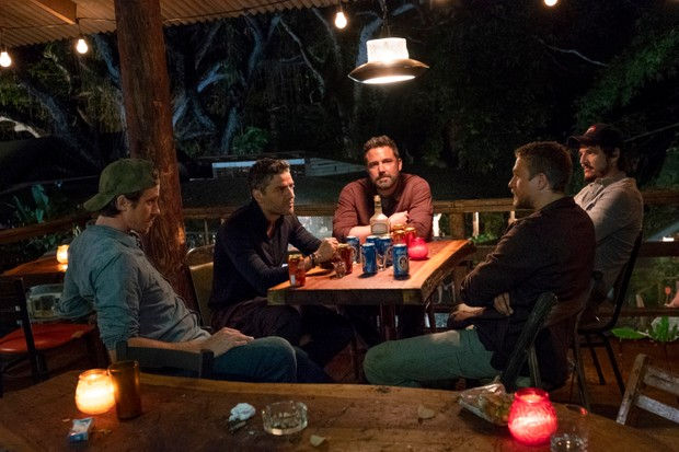 "TRIPLE FRONTIER (2019) - pictured L-R: Garrett Hedlund (""Ben""), Oscar Isaac (""Pope""), Ben Affleck (""Redfly""), Charlie Hunnam (""Ironhead""), and Pedro Pascal (""Catfish"")Photo by Melinda Sue Gordon / Courtesy of Netflix TF_DAY31-0124.RAF"