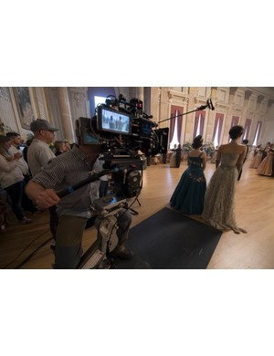 The Crown - Claire Foy, Vanessa Kirby - Claire Foy and Vanessa Kirby ready to shoot