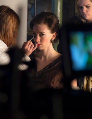 The Crown - Vanessa Kirby - The team do final checks on Vanessa Kirby