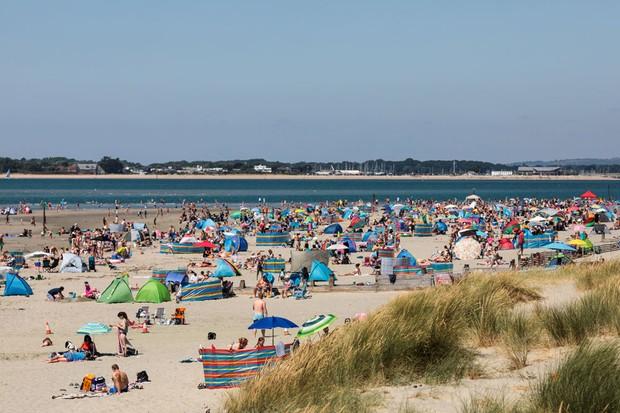 British beach scene (Getty)