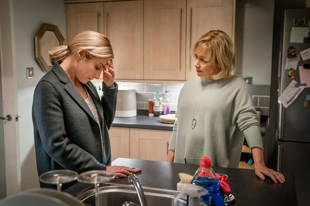 Lindsey Coulson plays Penny (ITV Pictures)