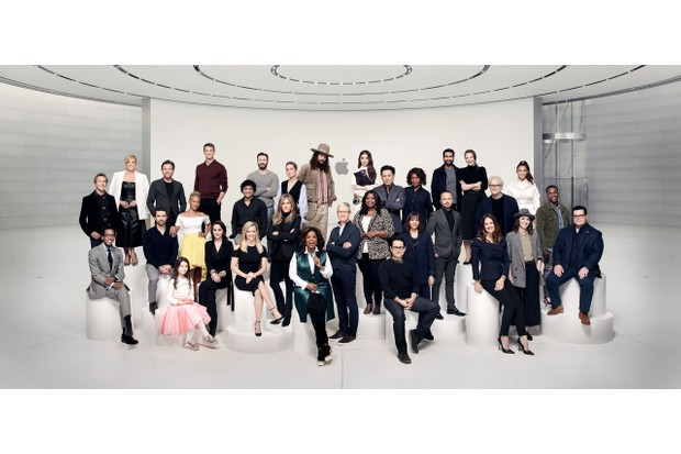 The stars and creators behind Apple TV+'s original series. Seated (L to R): Ron Cephas Jones, Rob McElhenney, Brooklynn Prince, Michelle Dockery, Reese Witherspoon, Oprah Winfrey, J.J. Abrams, Jennifer Garner and Josh Gad.Standing (L to R): Brian Grazer, Jane Krakowski, Ewan McGregor, Jada Pinkett Smith, Joel Kinnaman, M. Night Shyamalan, Chris Evans, Brie Larson, Jennifer Aniston, Jason Momoa, Tim Cook, Hailee Steinfeld, Octavia Spencer, Jon M. Chu, Alfre Woodard, Rashida Jones, Kumail Nanjiani, Aaron Paul, Emily V. Gordon, Tim Robbins, Sara Bareilles, Aly Raisman and Leslie Odom, Jr. (Photographer: Art Streiber/courtesy of Apple)