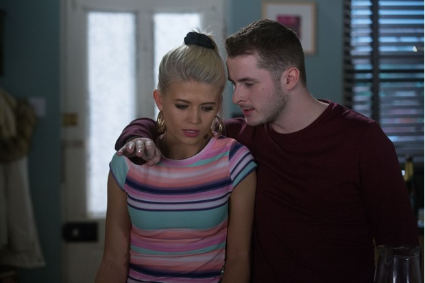 EastEnders, Ben Mitchell, Lola Pearce
