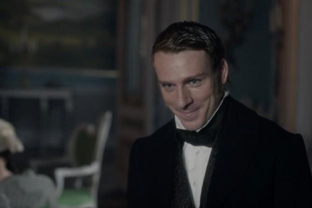 Edwin Thomas plays Mr Caine