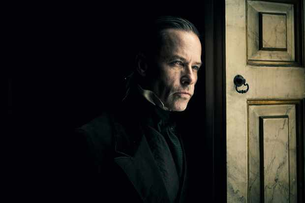 Bbc Christmas 2019 A Christmas Carol BBC: Guy Pearce to star in