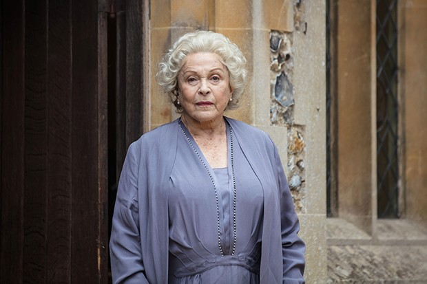 Claire Bloom plays Aunt Mary in Summer of Rockets