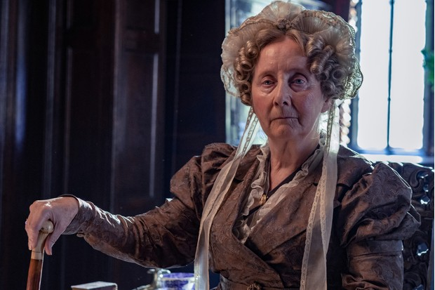 Gemma Jones plays Aunt Anne Lister
