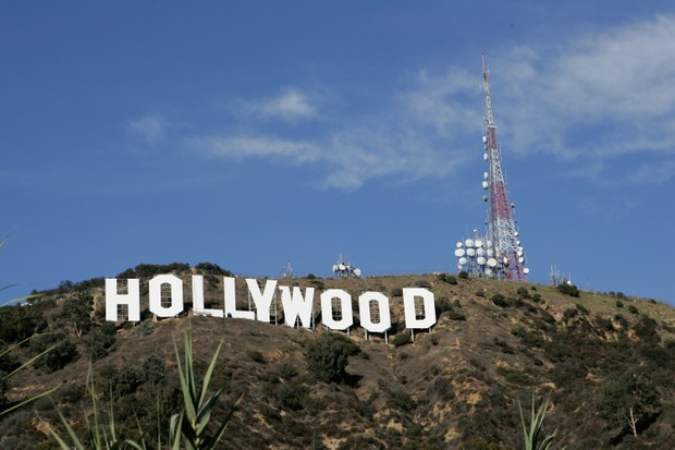 HOLLYWOOD, CA - DECEMBER 5: The newly refurbished Hollywood Sign is seen atop of Mt. Lee after Los Angeles Mayor Antonio Villaraigosa added a finishing touch of paint to complete the project on December 5, 2005 in Hollywood, California. (Photo by David Livingston/Getty Images)