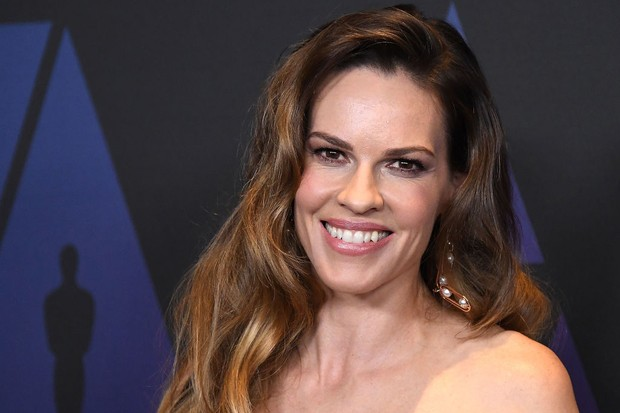 Away Netflix: Hilary Swank to star in new astronaut space ...