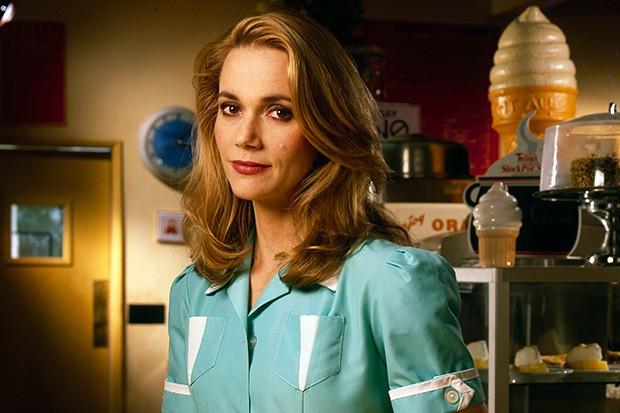 Peggy Lipton as Norma in Twin Peaks