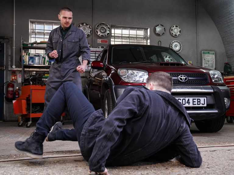 Keanu attacks Ben in violent EastEnders punch-up at the Arches