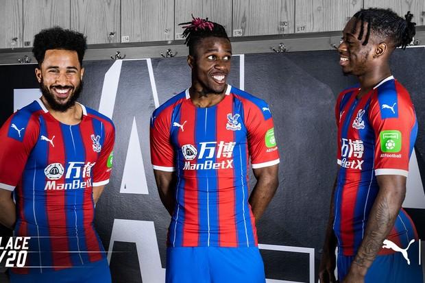 Crystal Palace home kit