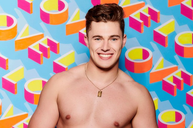 curtis-brown love island