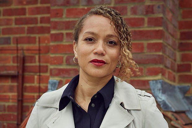 Angela Griffin plays Lisa Cranston in Wild Bill