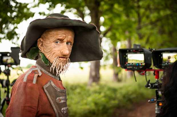 Programme Name: Worzel Gummidge - TX: n/a - Episode: Worzel Gummidge - First Look (No. n/a) - Picture Shows:  Worzel Gummidge (MACKENZIE CROOK) - (C) Leopard Pictures - Photographer: Matt Burlem