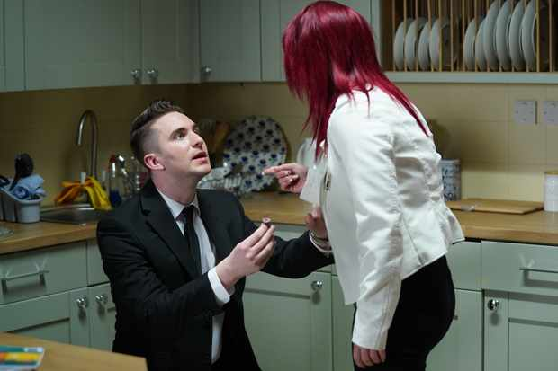 eastenders callum proposes to whitney