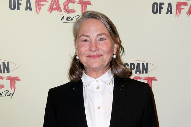 Cherry Jones plays Holly Osborne