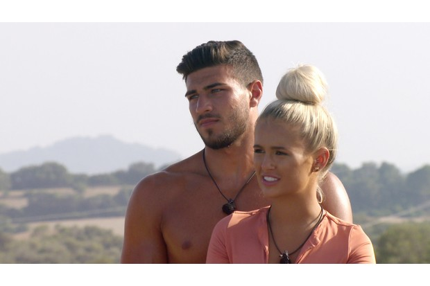 Tommy Fury and Molly-Mae on Love Island