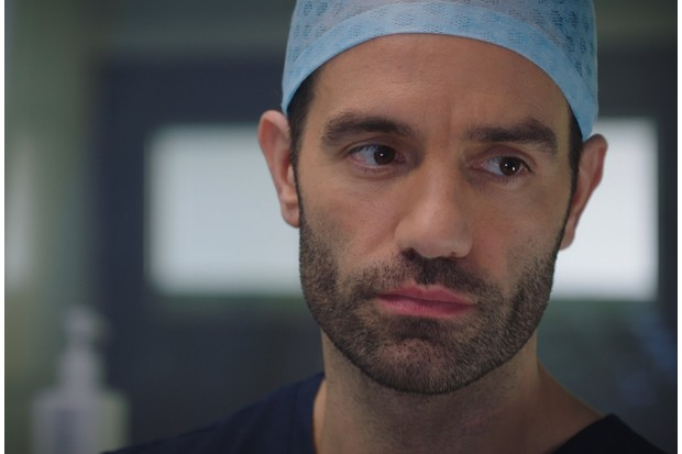 18359698-high_res-holby-city