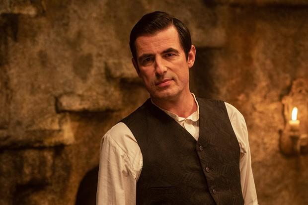 Dracula Cast Claes Bang Dolly Wells John Heffernan And
