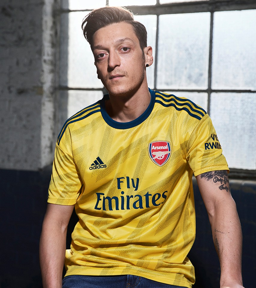 buy popular c9de3 4349f Arsenal kit 2019/20: Home and away shirts unveiled - Radio Times