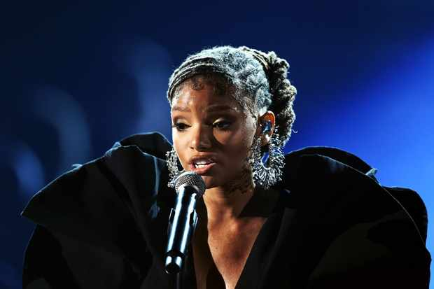 LOS ANGELES, CA - FEBRUARY 10:  Halle Bailey of Chloe x Halle performs onstage during the 61st Annual GRAMMY Awards at Staples Center on February 10, 2019 in Los Angeles, California.  (Photo by Kevin Winter/Getty Images for The Recording Academy)