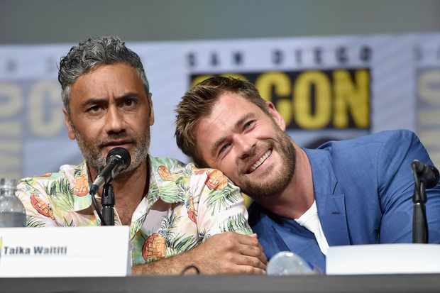 Taikia Waititi and Chris Hemsworth
