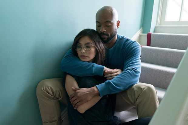 Hannah (Gemma Chan) and James (Arinzé Kene) in I Am Hannah