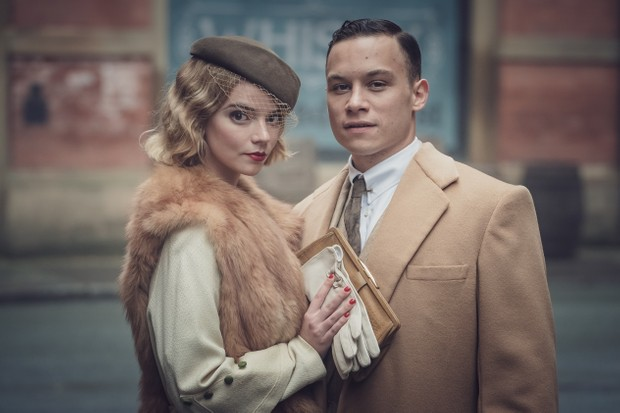 Anya Taylor-Joy (Gina Gray) and Finn Cole (Michael Gray) in Peaky Blinders