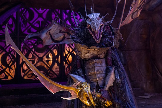The Skeksis Emperor (Jason Isaacs) in Netflix's The Dark Crystal: Age of Resistance