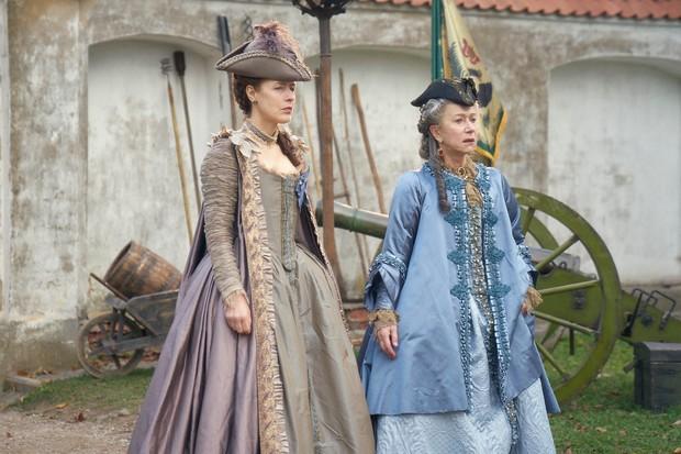 Gina McKee plays Countess Praskovya Bruce
