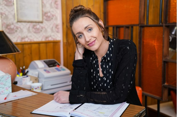Catherine Tyldesley as Karen in Scarborough (BBC Pictures)