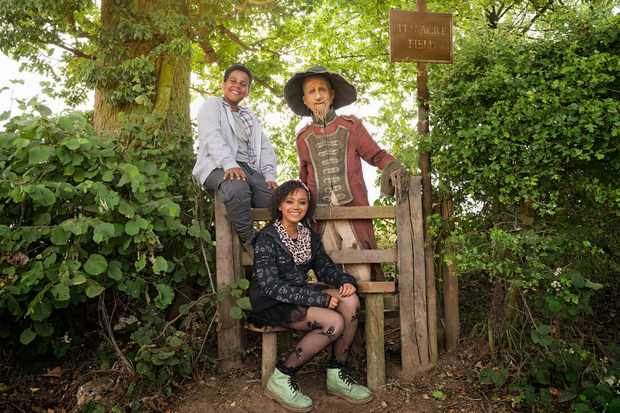 Thierry Wickens (John), India Brown (Susan) and Mackenzie Crook (Worzel) in BBC1's Worzel Gummidge