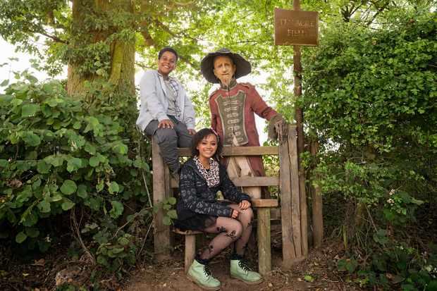 Thierry Wickens (John), India Brown (Susan) and Mackenzie Crook (Worzel) in BBC1's Worzel Gummidge