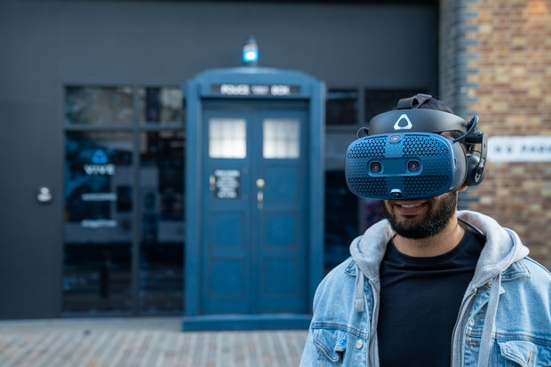 Doctor Who fans step into HTC's new Vive Cosmos headset to enjoy Doctor Who: The Edge of Time, a new VR experience developed by BBC Studios and Maze Theory. The experience is free to the public and open Friday 27th and Saturday 28th September at Protein Studios, Shoreditch