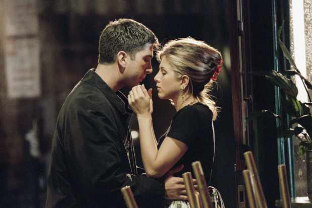 Friends - Rachel and Ross's first kiss