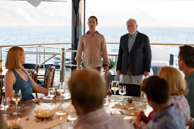Season Two Finale. On the Roys' grand Mediterranean yacht, Logan weighs whether a member of the family, or a top lieutenant, will need to be sacrificed to salvage the company's tarnished reputation. Roman shares his hesitations about a new source of financing, as Kendall suggests a familiar alternative. Shiv proposes taking her open marriage with Tom to another level. Connor finds himself in an unenviable position as reviews of Willa's play roll in.
