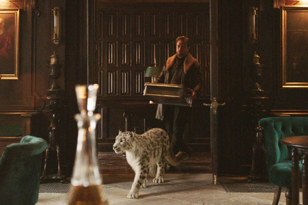 James McAvoy's Lord Asriel with his dæmon Stelmaria (Helen McCrory) (BBC)