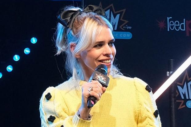 Billie Piper at Comic Con for I Hate Suzie