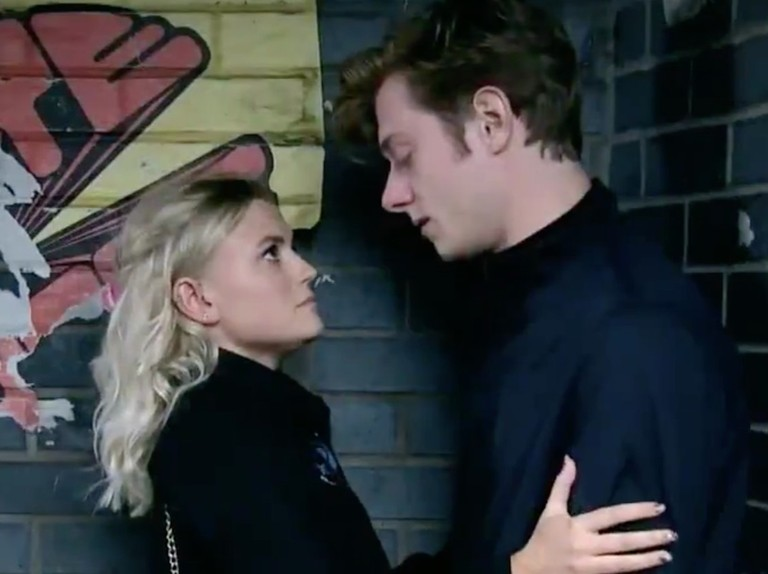 Does Daniel cheat on dying Sinead with Bethany on Coronation Street?