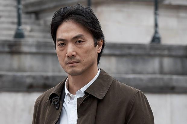 Takehiro Hira plays Kenzo Mori in Giri Haji