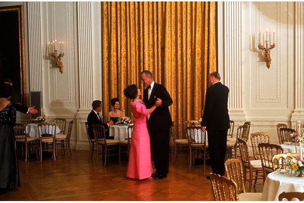 president-dance