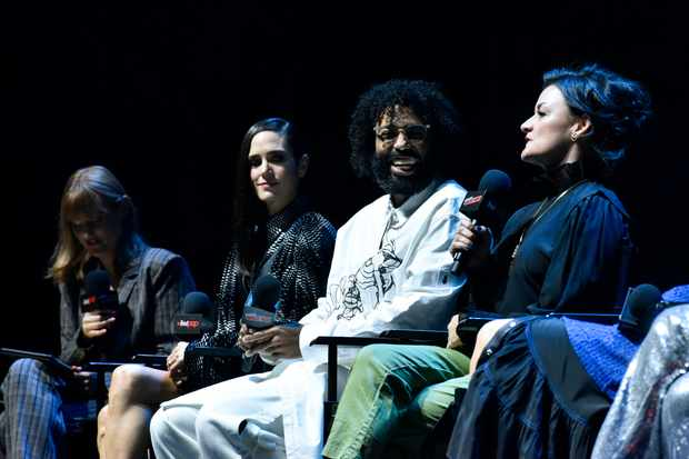NEW YORK, NEW YORK - OCTOBER 05: Jennifer Connelly, Daveed Diggs and Alison Wright speak onstage at the Snowpiercer panel during New York Comic Con at Hammerstein Ballroom on October 05, 2019 in New York City. (Photo by Eugene Gologursky/Getty Images for ReedPOP )
