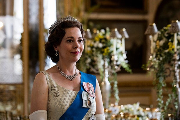 Olivia Colman plays Queen Elizabeth II in The Crown season 3