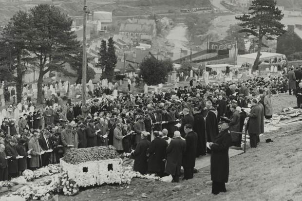 aberfan-funeral
