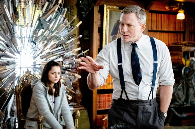 Daniel Craig and Ana De Armas in Knives Out (Lionsgate)