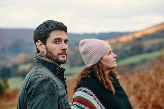 Ben Barnes and Julia Ormond in Gold Digger